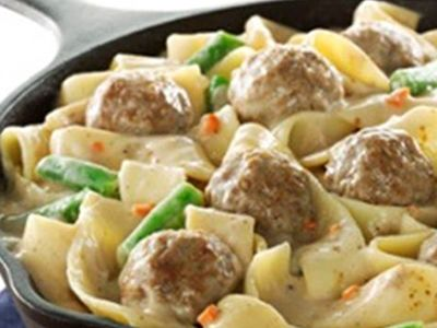 Creamy Pappardelle and Meatballs