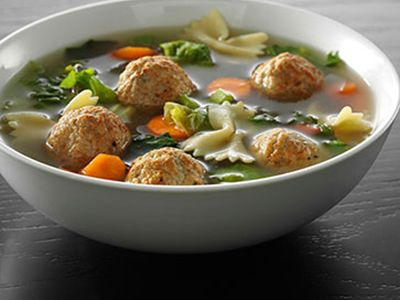 Escarole Soup with Turkey Meatballs and Pasta